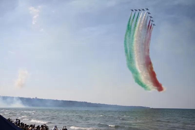bandiera italiana, frecce tricolori