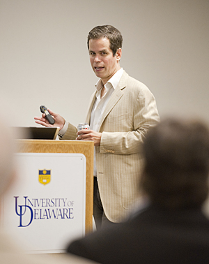 Alumnus, entrepreneur shares his secrets of success with students