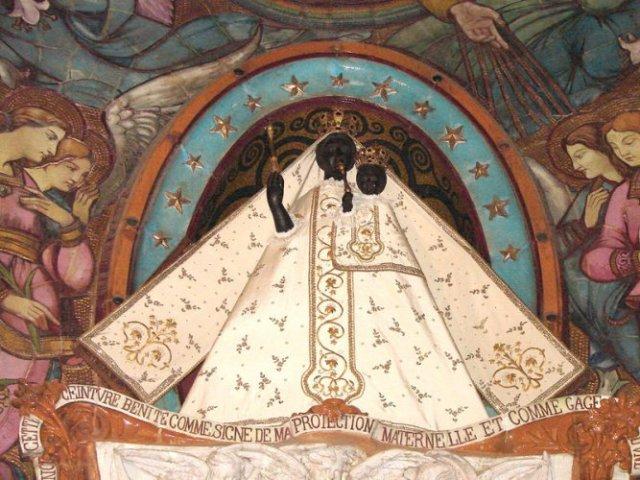 Базиликата Нотр Дам де ла Дорад