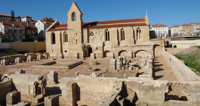 Новият женски манастир Света Клара