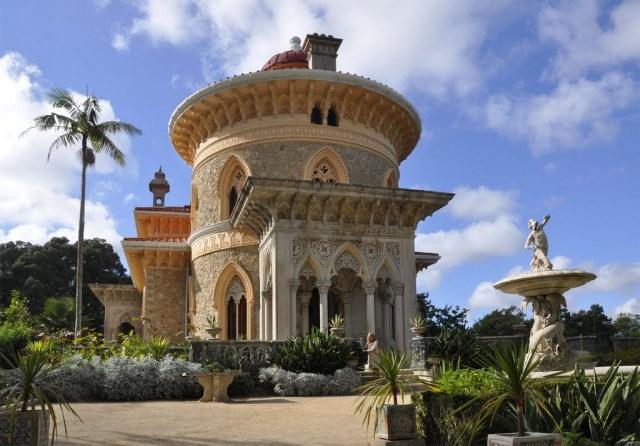 Дворец и парк Монсерат