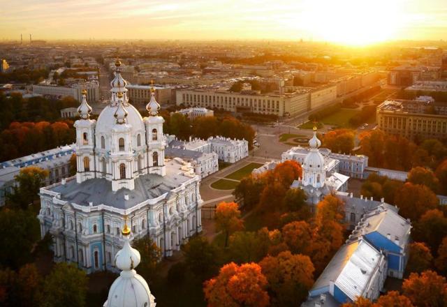 Катедрала и манастир Смолни
