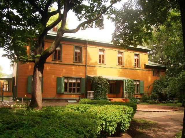 tolstoi house museum