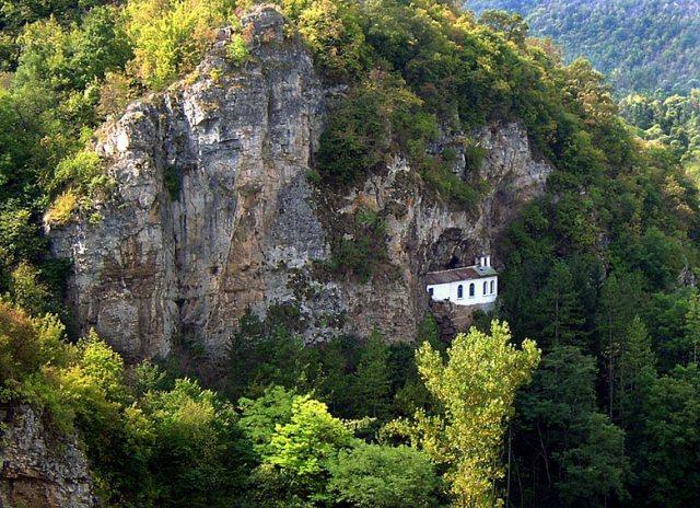 Разбоишки манастир Въведение Богородично