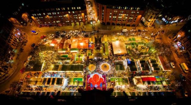 Коледният базар в Манчестър