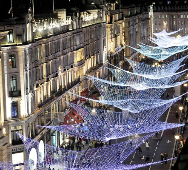 Коледният базар в Лондон