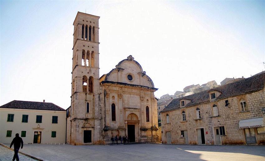 Катедралата Свети Стефан – град Хвар, Хърватия