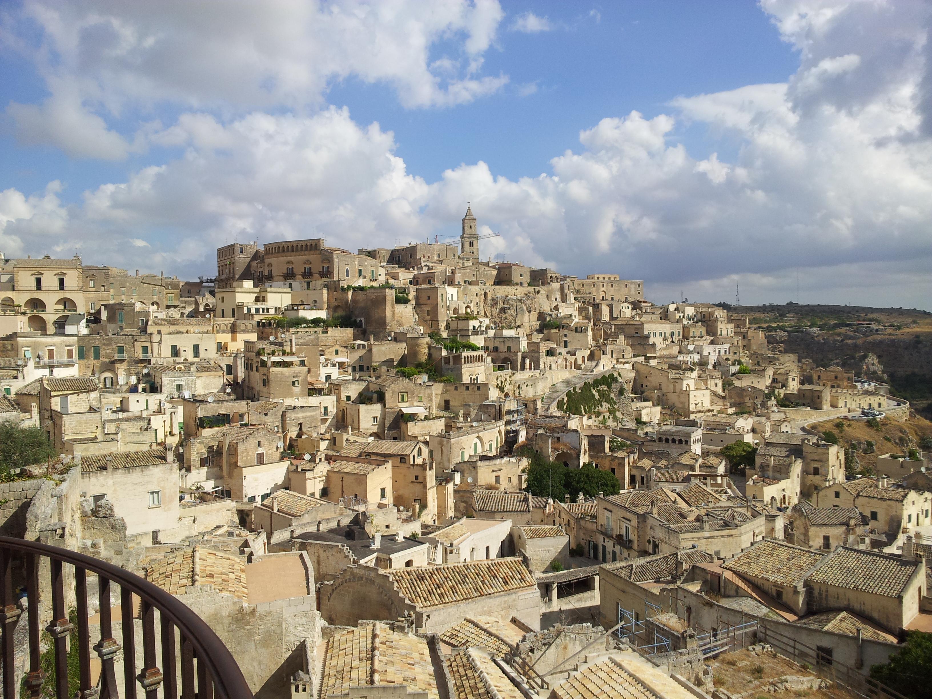 Матера – скалният град с 9000 години история