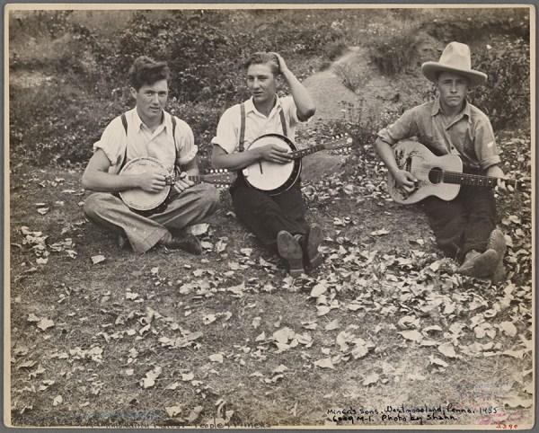 Ben Shahn - Members of the Musgrove family, Westmoreland County, Pennsylvania 1935 http://digitalcollections.nypl.org/items/1bc6e680-da36-0132-21cd-58d385a7bbd0