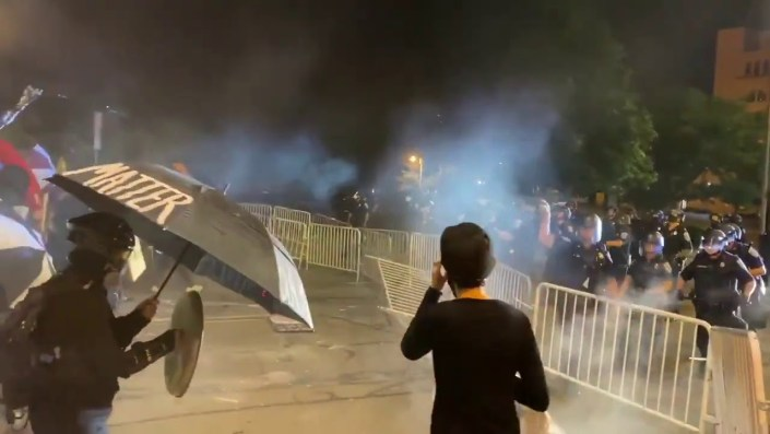 ROCHESTER VIDEO MAYHEM — Antifa swarms busy restaurant, flip tables… 'Burn this motherfu***er down!' Climbing onto roofs of suburban homes
