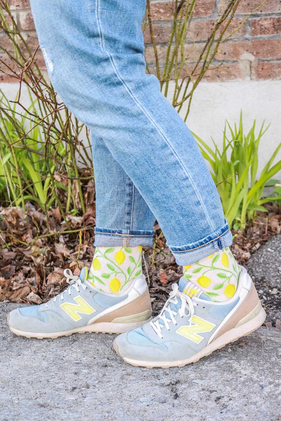 fashion style colorful printed yellow lemon socks