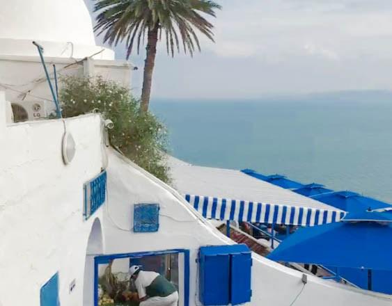 2017 summer style, travelling to tunisia, tunisie, family vacation, blue, sidi bou said