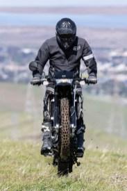 Kawasaki KLX250 - wheelies.