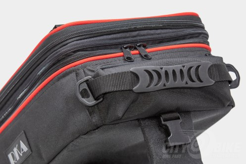 Rubberized handle on RKA's SuperSport 19.5 liter expandable tankbag