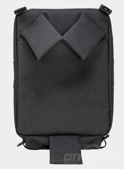 Slip-Not grippy underside - RKA SuperSport 19.5 liter expandable tankbag