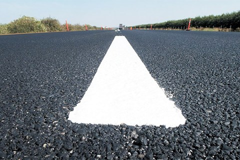 New striping near Orland, north of The Sac. Photo: Jim O'Brien / Caltrans.