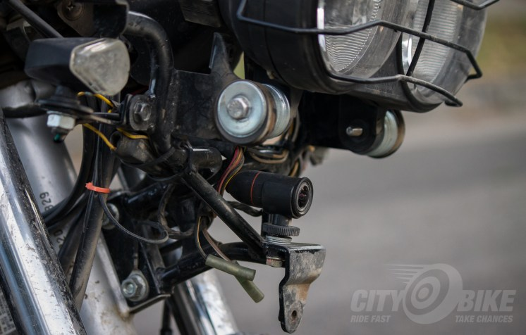 Yeah, those are Buell headlights above the C3 motorcycle dashcam.