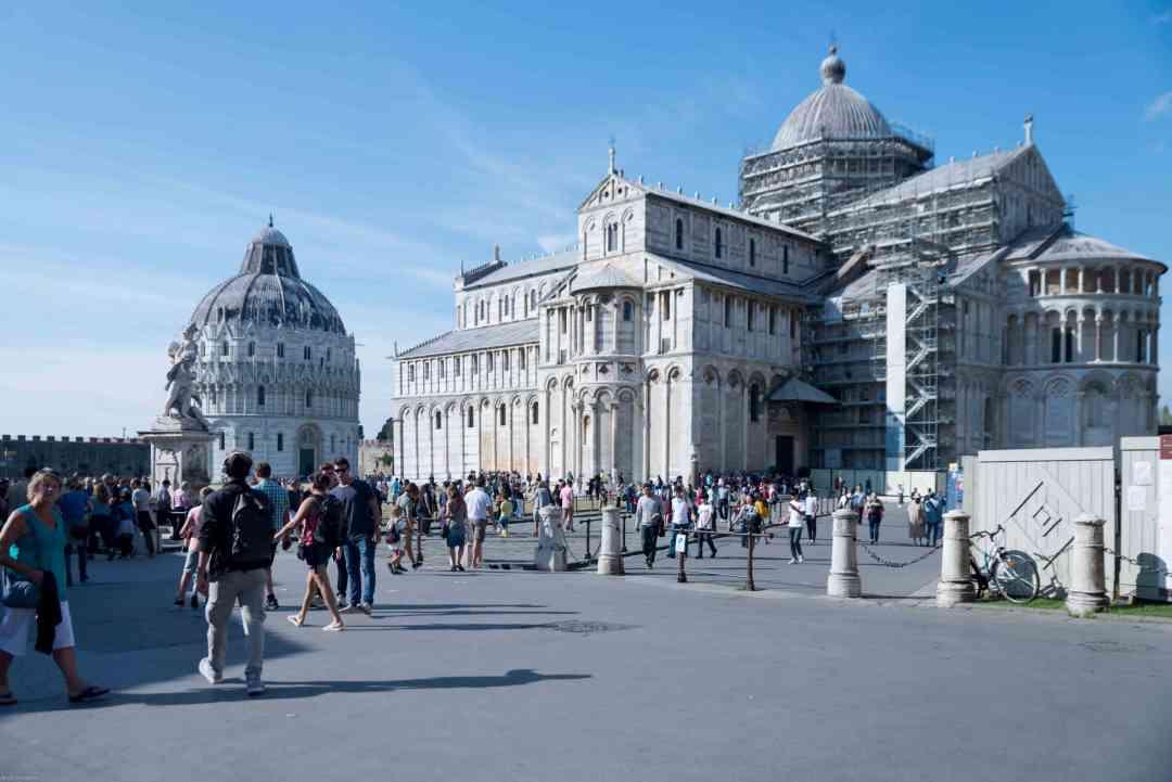 Piazza dei Miracoli Pisa city break