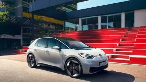 Uusi sähköauto edullisesti myös