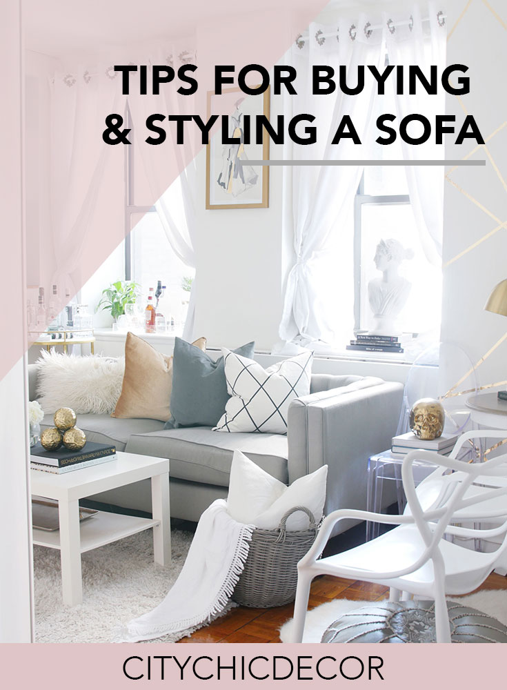 Styling a couch is an easy change you can make in your space. You can instantly revamp your living room by just making few simple tweaks to your sofa. #coucheslivingroom #couchpillows #smalllivingroomideas  #livingroomdecor #livingroomideas #rentalapartmentdecorating