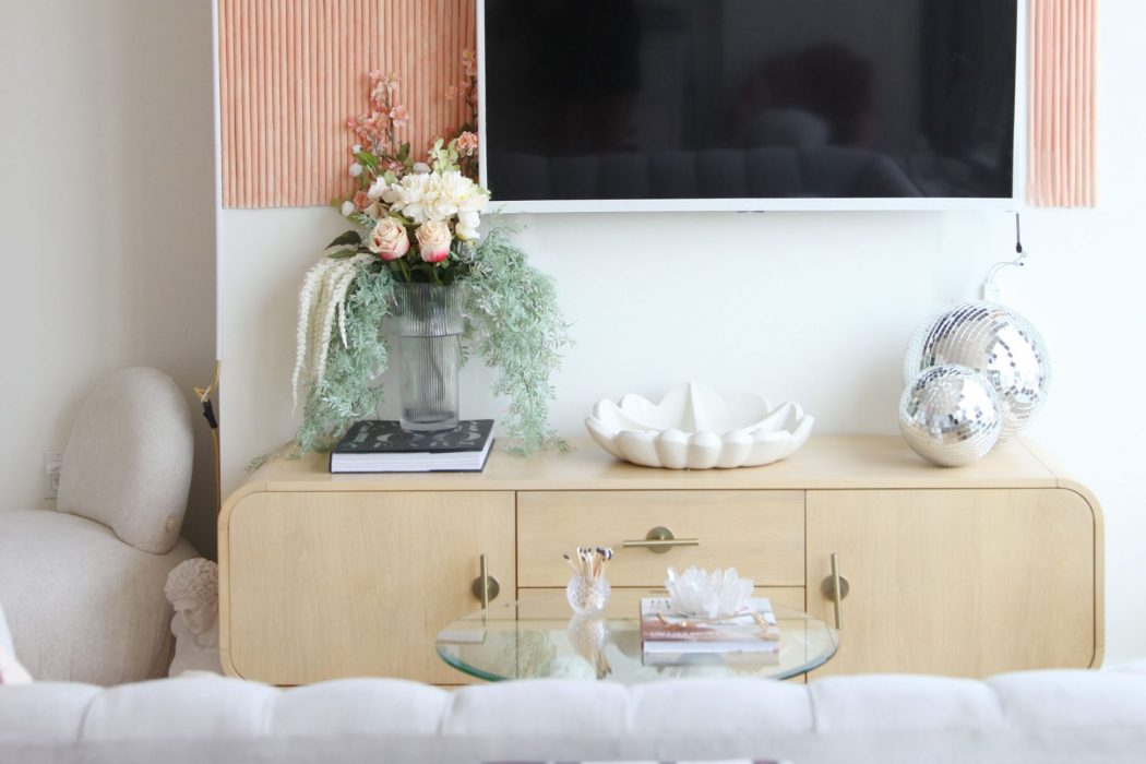How to Easily Move to a New Apartment … and Have it Decorated in Under One Week!