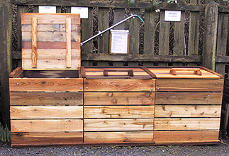 wood and wire compost bin plans