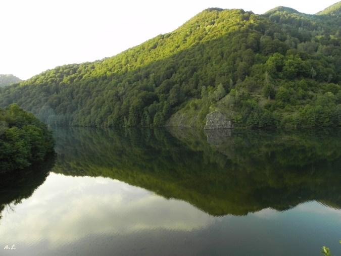 lake Malaia