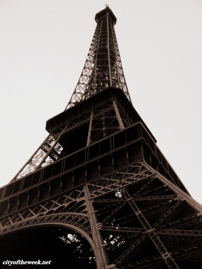 Eiffel up-close