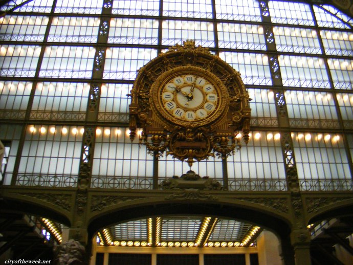 clock looking over the Orsay Museum