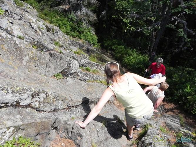 descending from Detunata Flocoasa
