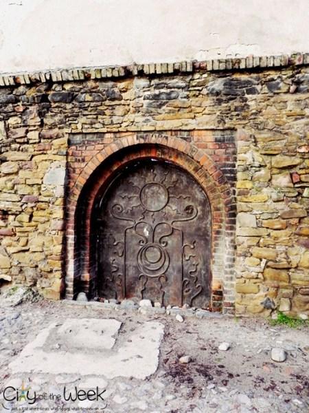 gate inside Medias fortress