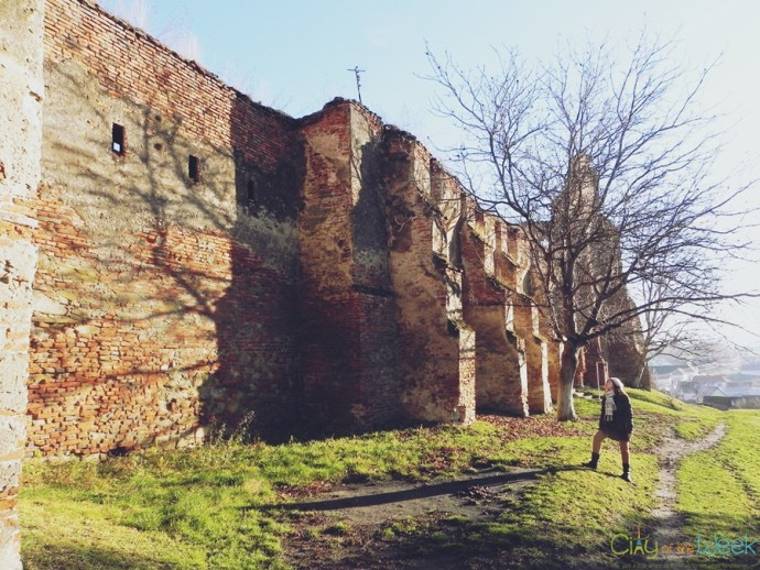 size of Slimnic Fortress | Fortified Churches