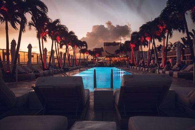 luxury desert resorts