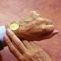 P7 Pics9 Golden Watch