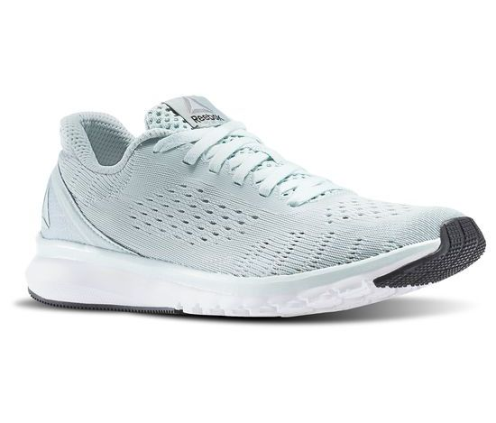 Универсальные кроссовки для непродолжительных пробежек и для зала – Reebok Print Smooth