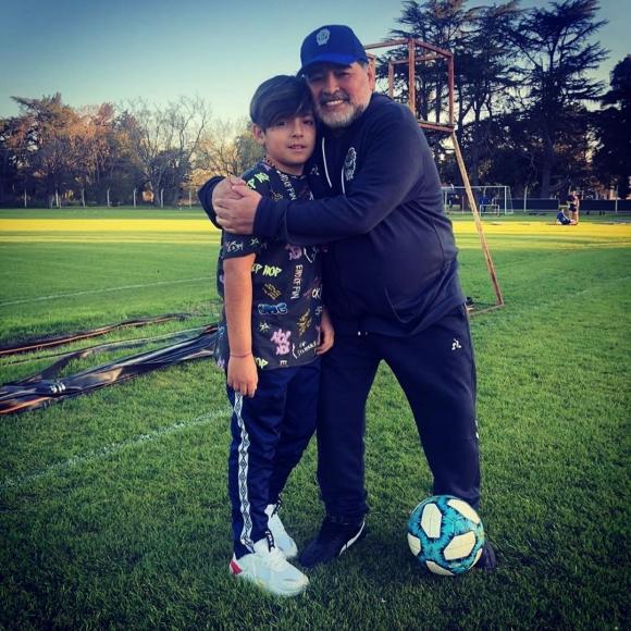 """Gianinna Maradona mostró el reencuentro de Diego con su nieto Benjamín: """"Sobran las palabras"""""""