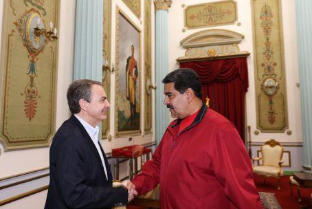 Maduro y Zapatero se reúnen para consolidar el diálogo nacional