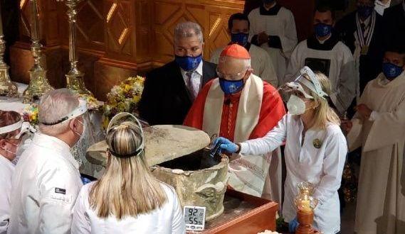Exhuman restos en Venezuela del beato José Gregorio Hernández (+FOTOS)