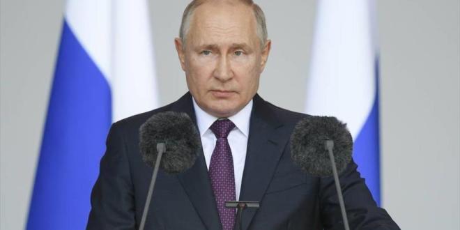 Putin: Bandera rusa sigue ondeando en zonas estratégicas del mundo