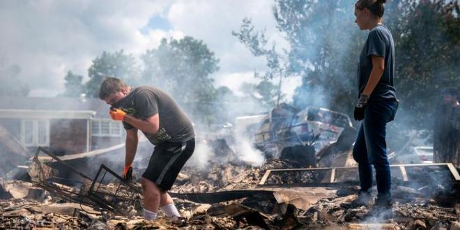 EE.UU.: «desastre mayor» en Tennessee tras inundaciones