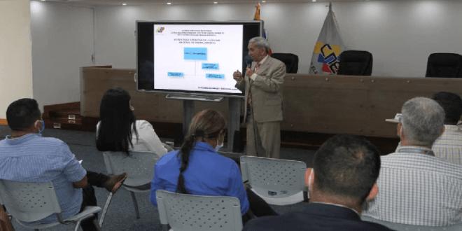 CNE dicta Taller de Información Financiera Electoral de cara a las Megaelecciones del 21N