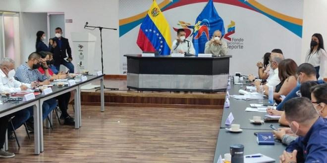 Gabinete Social revisa planes de acción conjunta para beneficiar a población venezolana