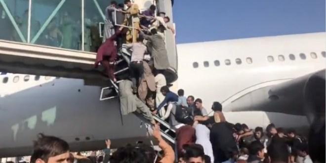 Al menos seis personas muertas por el caos en el aeropuerto de Kabul