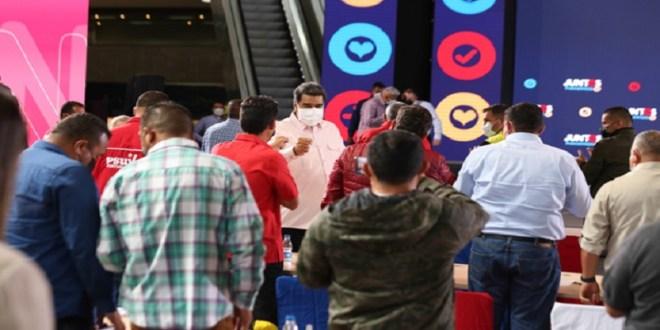 Primer mandatario nacional felicita a oposición extremista venezolana por participar en elecciones 21NOV