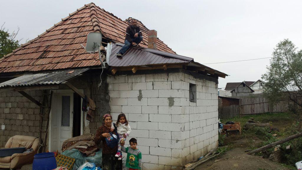 ncluziune socială şi îmbunătăţirea condiţiilor de viaţă a romilor şi a altor grupuri vulnerabile