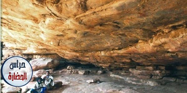 من مواقع الفن الصخري في صحراء موريتانيا