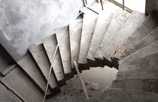 Spiral staircase dimensions - Advantages and Disadvantages
