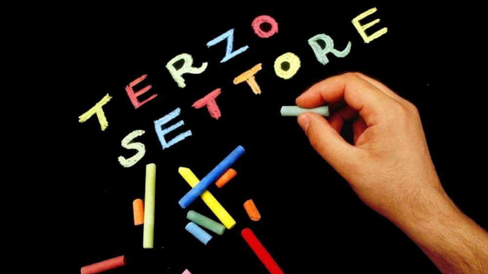 Terzo settore: in Lombardia 53mila associazioni, prima in Italia