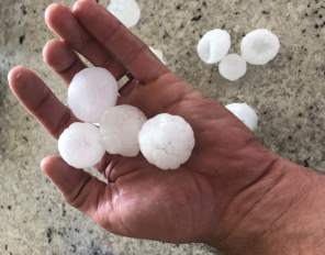 hail in hand