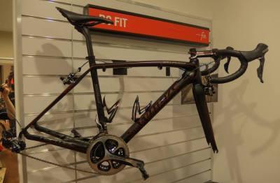 ... staré kolo pověsit na hřebík (hezký zimáček, nemyslíte?) ...